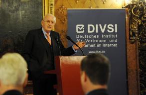 Der Bundespräsident Roman Herzog redet als DIVSI-Schirmherr über die Risiken, Chancen und Ethik des digitalen Zeitalters