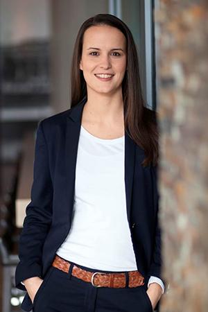 Dr. Eva Flecken